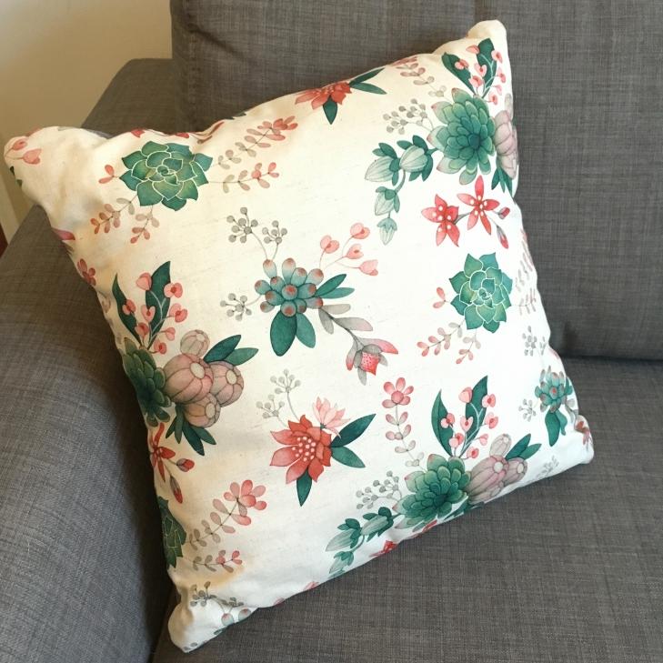 Floral cushion (3)